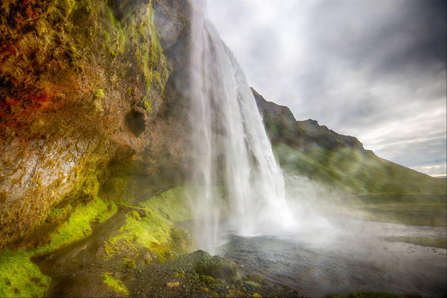 塞里雅蘭瀑布 Seljalandsfoss