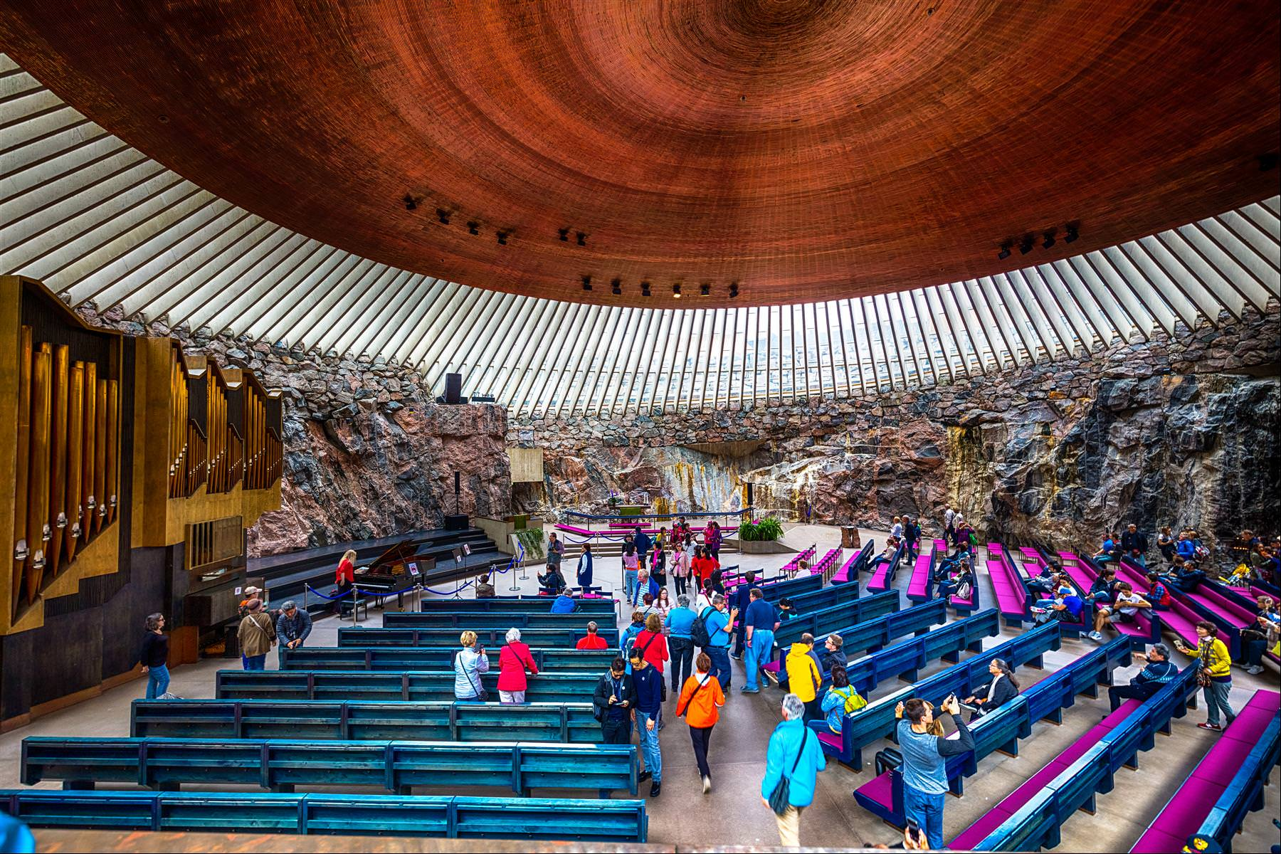 岩石教堂 rock church