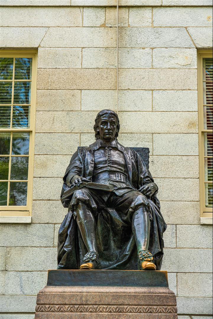 哈佛大學雕像